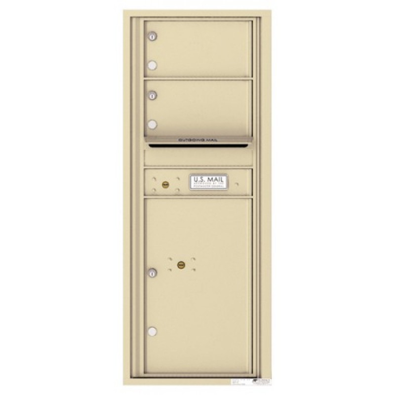 2 Oversized Tenant Doors With 1 Parcel Locker And Outgoing